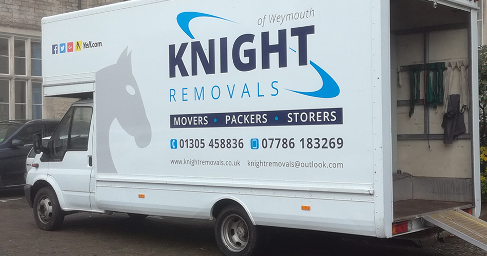 removal-vans-with-ramp